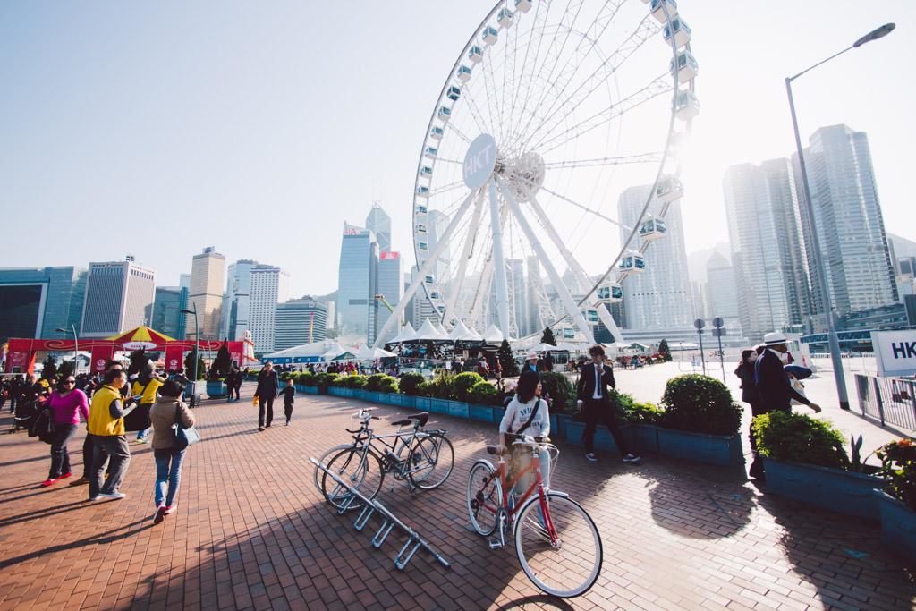 《假如讓我泊下去》﹣香港市區單車位的幻想影集 150103 154121