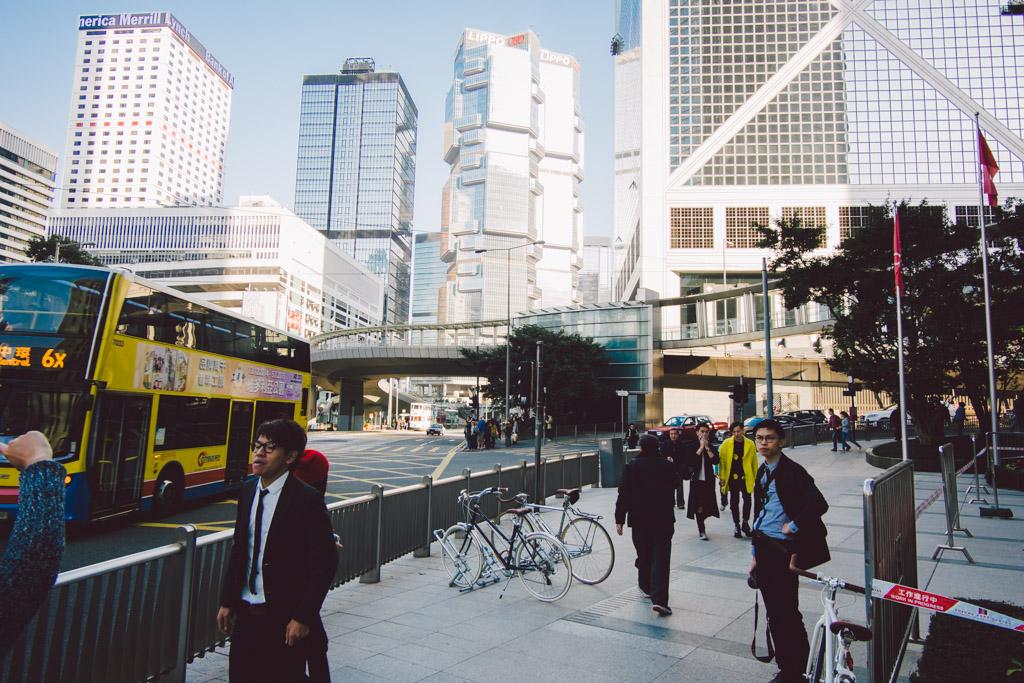 《假如讓我泊下去》﹣香港市區單車位的幻想影集 150103 162802