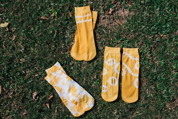 髦民士多 bike the moment store kacama 染襪  [5月工作坊] 穿自己用洋蔥皮染的襪子去踩單車才是有型的事 P4150853