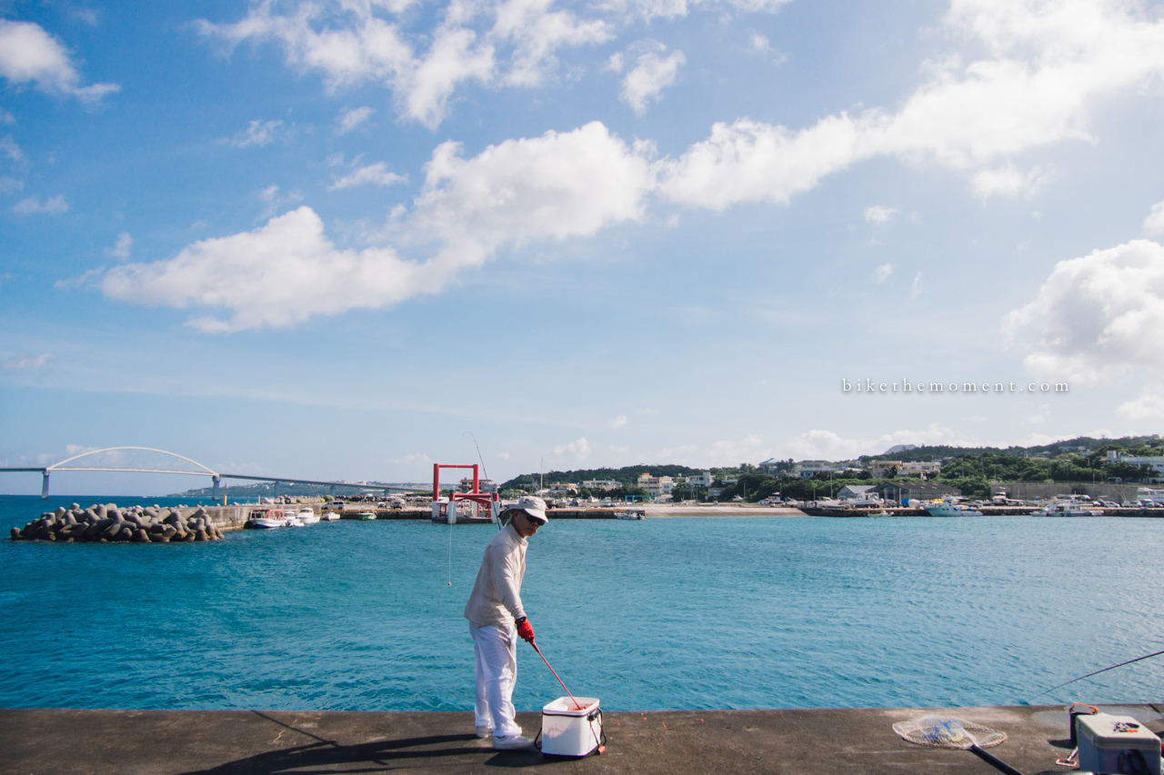 本部町 沖繩 okinawa motobu bike the moment 本部港 髦民沖繩遊記#01。本部港の燈塔 Motobu Port Lighthouse 160712 074359