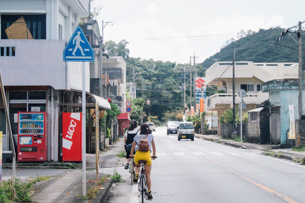 本部町 沖繩 岸本食堂 okinawa motobu Kishimoto bike the moment 岸本食堂 髦民沖繩遊記#03。如何100年來只做兩款菜式?八重岳下的岸本食堂 Kishimoto Shokudo 160712 091211