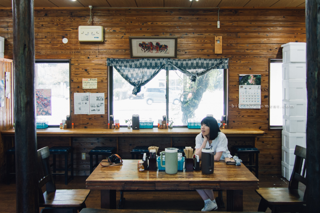 本部町 沖繩 岸本食堂 okinawa motobu Kishimoto bike the moment 岸本食堂 髦民沖繩遊記#03。如何100年來只做兩款菜式?八重岳下的岸本食堂 Kishimoto Shokudo 160712 100808