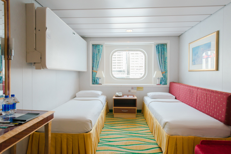 CA-CC_Oceanview Stateroom with window-h  尋找南國の藍。沖繩單車郵輪之旅2016 CA CC Oceanview Stateroom with window h